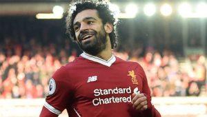 Đồng đội chung khẳng định không thể so sánh Salah và Suarez