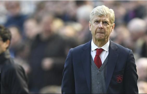 """Arsene Wenger than vãn quyết định về VAR của giải Ngoại hạng Anh """"rất tệ"""""""