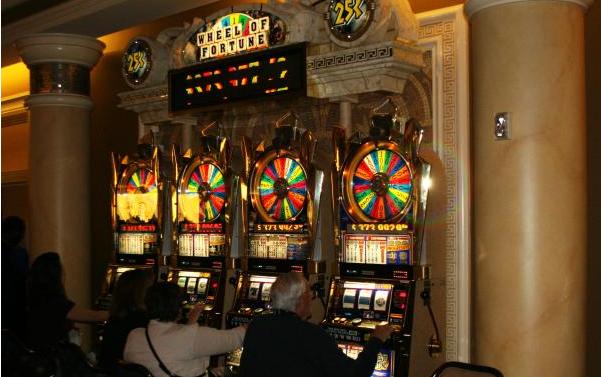 Photo of Một người đàn ông ở New Jersey thắng jackpot kỷ lục tại casino trực tuyến trong lần chơi đầu tiên