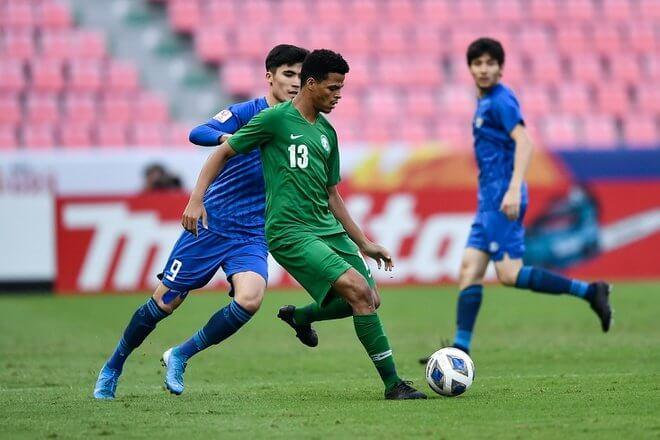 Photo of U23 Saudi Arabia may mắn vượt qua Uzbekistan trong trận Bán kết