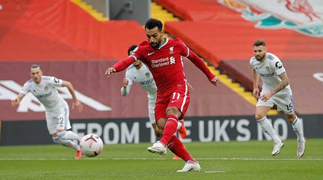 Photo of Liverpool may mắn vượt qua Leeds trong ngày ra quân
